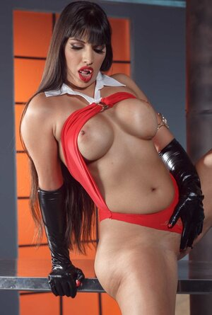 Vitiated xxx star in black leather high boots and moreover gloves flashes her twins
