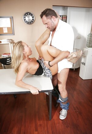 Fella has to work but sex with beautiful blonde gf is more great stuff important