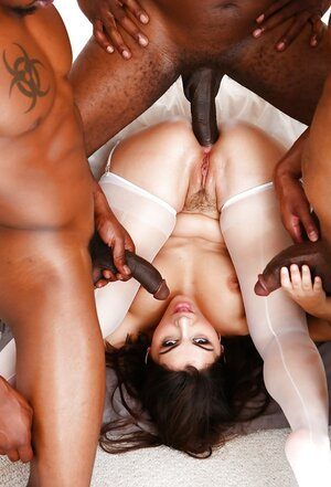 Black boys know what white kitten wants and plus fool around with her all together