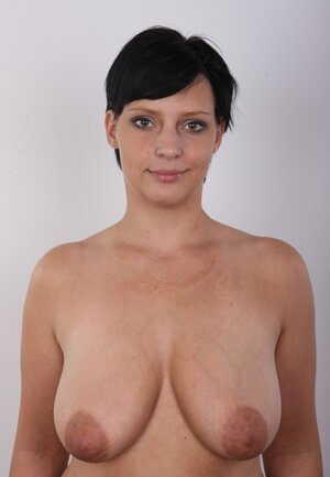 Diva with natural tits makes boys' dirty dreams about seeing her undressed happen